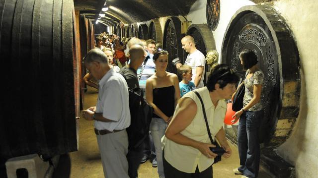 Külföldön olcsóbb lett a magyar bor