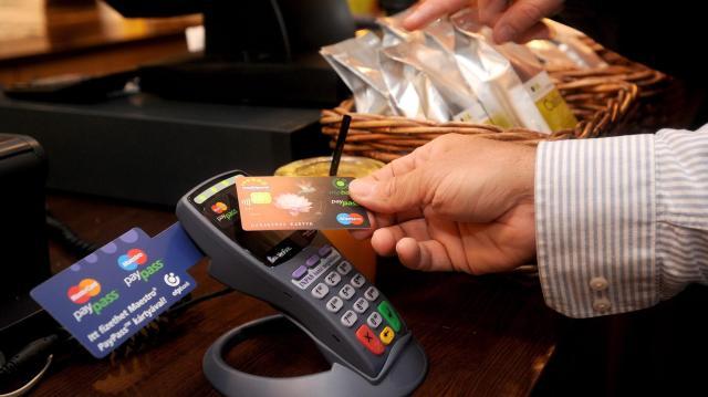 Nő a bankkártyás forgalom