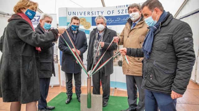 Újabb egészségügyi fejlesztés: 54 kórtermes Infektológiai Klinika épül Szegeden