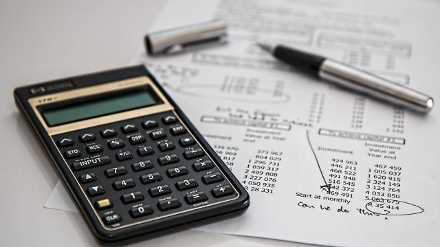 Automatikusan jár az iparűzési adó felezése a kkv-knak