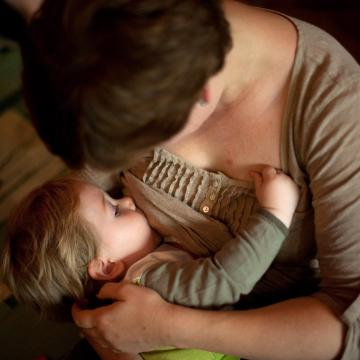Egy kutatás szerint az anyatej nagy lökést ad a baba immunrendszerének