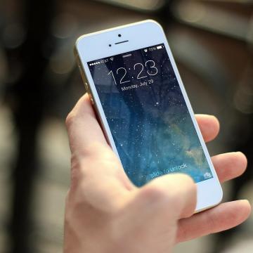 Felgyorsította a mobilcégek hálózatfejlesztését a járványhelyzet