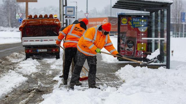 Hideg idő - Teljes kapacitással dolgozik a közútkezelő