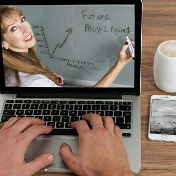 Idén online tartják meg a Muti, hol dolgozol! elnevezésű rendezvényt