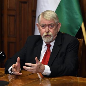 Kásler: a fokozódó járványhelyzet ellenére is történelmi előrelépés valósul meg a magyar egészségügyben