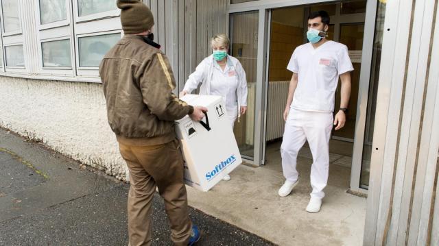 Koronavírus - Meghalt 130 beteg, 2764-gyel nőtt a fertőzöttek száma Magyarországon
