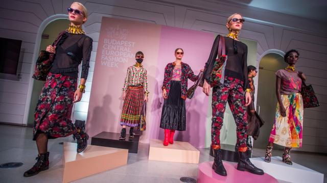 Magyarországon 21 százalékkal nőhet az online divatüzletek forgalma