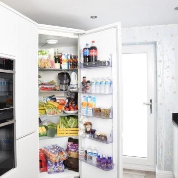 Márciustól új energiahatékonysági címkék segítik a vásárlókat a döntésben