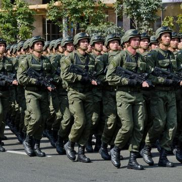 Nemsokára védetté válhatnak a katonák is