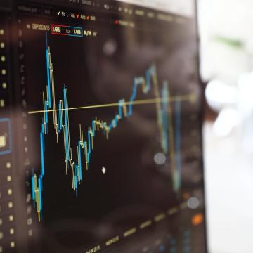 A jövő digitális pénzügyi megoldásait tervezhetik a felsőoktatási hallgatók