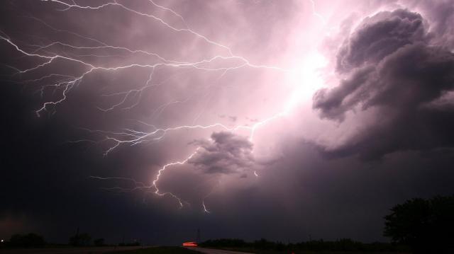 Indul a viharjelzés a nagyobb tavakon