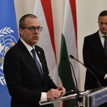 Magyarországon példaértékű oltási kampányt folytatnak a WHO igazgatója szerint