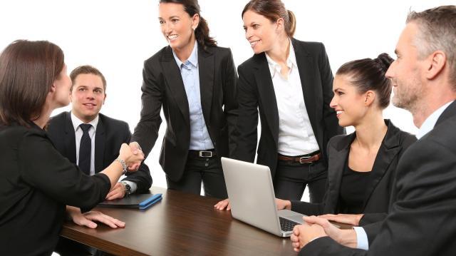 Több mint 800 munkahely megőrzése vált biztossá újabb három beruházással