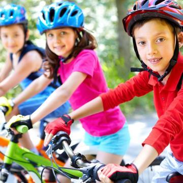 Kormányszóvivő: a gyermeknapi rendezvényeken a védettségi igazolvánnyal rendelkező szülők, felnőttek és a velük lévő 18 év alatti gyerekek, fiatalok vehetnek részt
