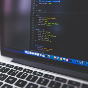 Kulcsfontosságú az infokommunikációs mérnökök képzése