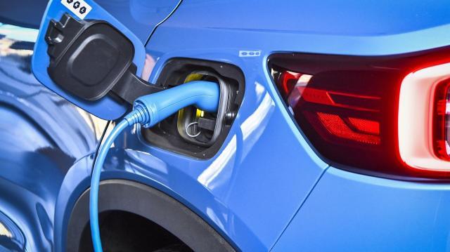 Óriási a kereslet az elektromos autók iránt - már 4 millió alatt is elérhető