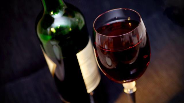 A hazai szőlő-bor ágazat támogatásáról döntött a kormány