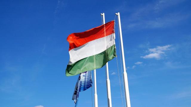 Már előnyt jelent magyarnak lenni a Kárpát-medencében
