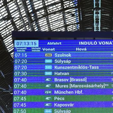 Véleményezhető az éves vasúti menetrend