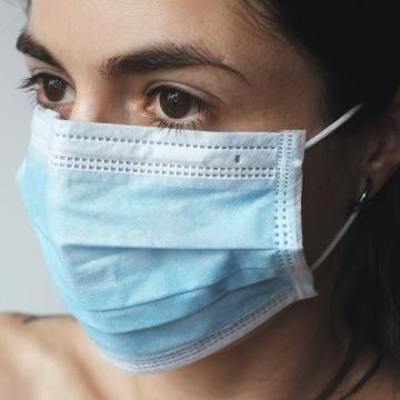 Háromszáz felett az új fertőzöttek száma Magyarországon