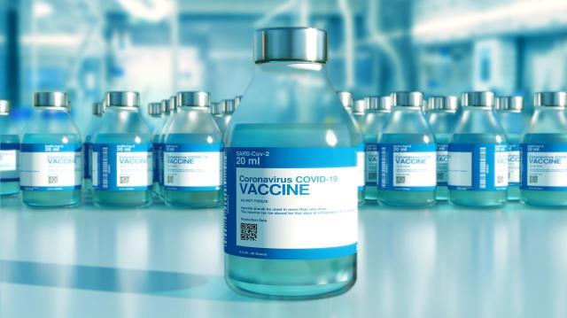 Virológus: bármelyik vakcina jobb, mint az oltatlanság